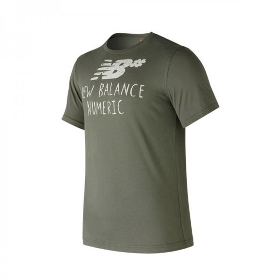 Camiseta New Balance Numeric Hand Drawn MFG